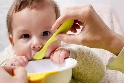 希奥育儿   春节期间要避免这3个对宝宝不好的习俗